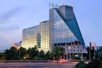 Estrel- - größtes Hotel- und Kongresszentrum Europas