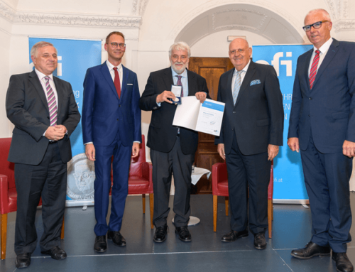 KR Ing. Thomas Rhomberg receives the H.F. Mark Medal