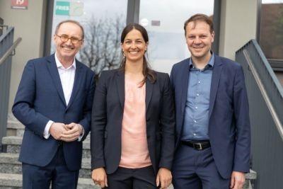 Le candidat tête de liste aux élections européennes, Othmar Karas (ÖVP), rend visite à la société FRIES Kunststofftechnik GmbH