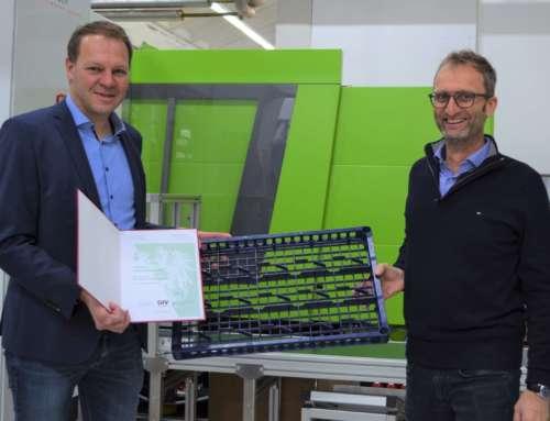 """FRIES tech-rack custom recibe el premio a la """"Solución de embalaje ejemplar 2020""""."""