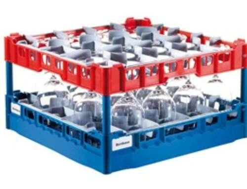 Nuova base FRIES Rack System e cestelli per piatti